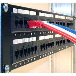 AMP Patch Panel 48 Port Cat 5e LOADED Modular
